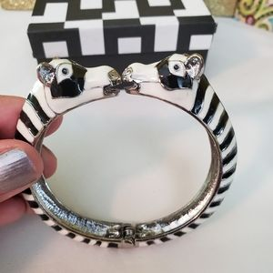 The Limited Zebra bracelet